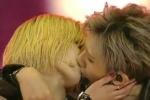 MAMA 2014 ผู้จัดเผยอาจจะมีฉากจูบที่เข้มข้นกว่าปีที่แล้วของศิลปินบนเวที