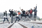 11 ภาพถ่ายไอดอลเกาหลีเมื่อเท้าของพวกเขาไม่แตะพื้น....Jump Jump!