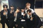 เด็กฝึกหัดจาก Produce 101 ซีซั่น 2 แชร์ภาพถ่ายเบื้องหลังจากไฟนอลคอนเสิร์ตของพวกเขา