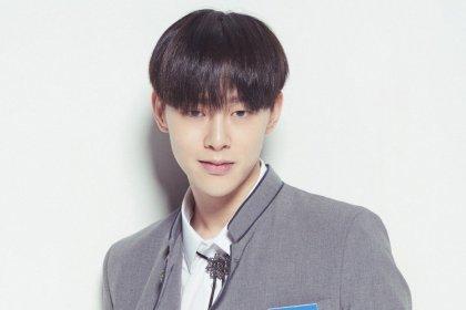 ชาวเน็ตค้นพบว่าคุณพ่อของควอนฮยอนบิน JBJ หล่อราวกับไอดอลเกาหลีเลย!