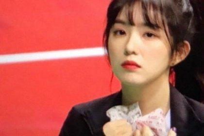 ไอรีน Red Velvet ถูกสังเกตได้ว่า หนาวจนตัวสั่น ในงานแข่งขันกีฬาไอดอล 2018 ISAC
