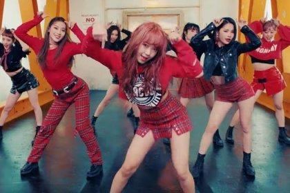 คัมแบ็คแล้ว! สาวๆ Weki Meki ได้ปล่อย MV ในเพลง La La La พร้อมพลังที่เต็มเปี่ยม