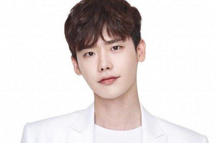 มีลุ้น! อีจงซอก (Lee Jong Suk) กำลังเจรจาสำหรับละครเรื่องใหม่ของ SBS