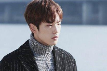 นักแสดงคิมจองฮยอน ถูกวิจารณ์เกี่ยวกับพฤติกรรมของเขาในระหว่างงานแถลงข่าวละครใหม่