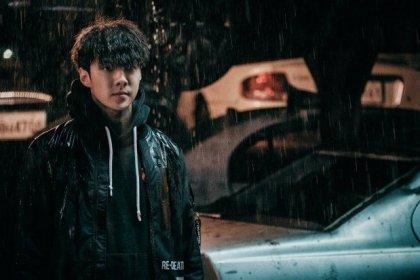 เซฮุน EXO เลือดท่วมตัวในภาพที่ปล่อยออกมาใหม่จากภาพยนตร์เว็บ DokGo Rewind