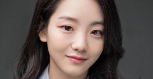 เด็กฝึกหัดของ JYP โจยีฮยอน ได้เซ็นสัญญาเป็นนักแสดงกับค่ายแล้ว