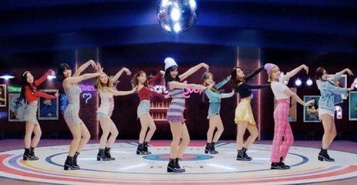 เพลง What Is Love? ของ TWICE เป็น MV เพลงที่ 5 ของสาวๆ ที่มียอดวิว 250 ล้านวิว!