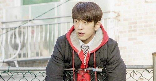 จินยอง GOT7 เป็นนักเรียนที่มาพร้อมพลัง ในคลิปพรีวิวแรก ของซีรีส์ He Is Psychometric