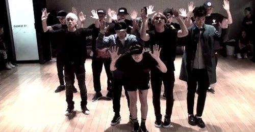 คลิปซ้อมเต้น Bang Bang Bang ของ BIGBANG ทะลุ 100 ล้านวิว - เป็นครั้งแรกของวงบอยกรุ๊ป!
