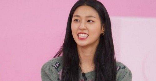 ซอลฮยอน AOA บอกว่าเธอคิดว่าใบหน้าของเธอเองดูตลก?!