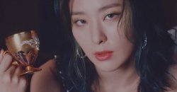 ซึลกิ Red Velvet บอกว่าเธออยากจะใช้เวลาช่วงสิ้นปีกับนักแสดงตลกปาร์คนาแร
